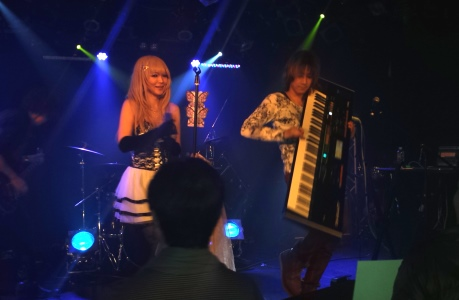 ButterFlyKIssライブシーン